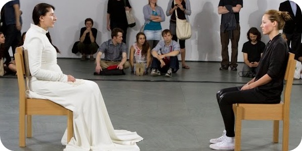 Marina Abramovic - Artista Presente | Marina Abramovic - The Artist Is Present